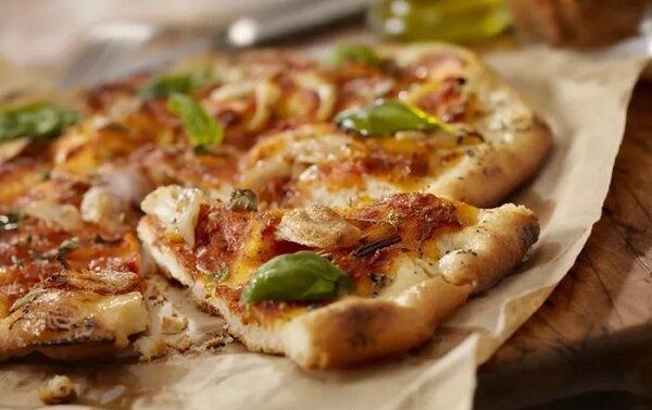 طريقة عمل البيتزا الصيامى بالتونة